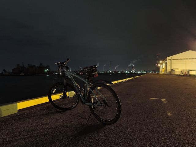 四日市港とビアンキKUMA
