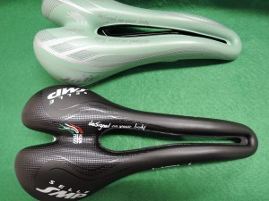 Selle SMP Hell Hybrid 比較