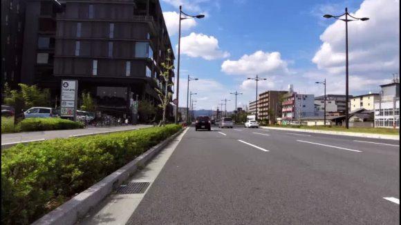 京都のTSUTAYA と スタバ