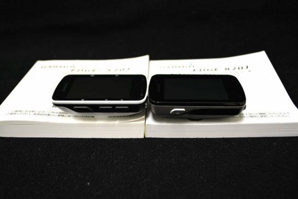 Garmin「Edge820J」と「Edge520J」の本体左側面の比較
