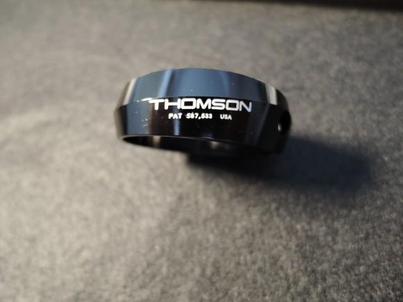 トムソン シートクランプ