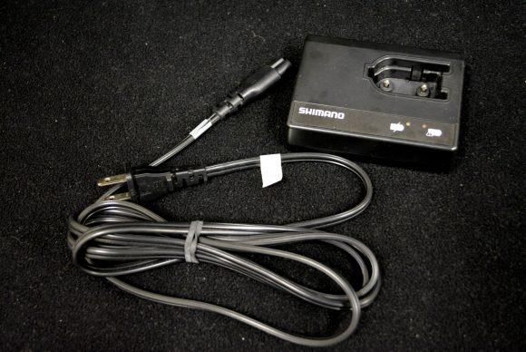 シマノ Di2 充電器 SM-BCR1 SM-BCC1