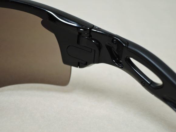 「Oakley Radarlock Path」のレンズ交換