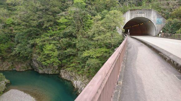 寺坂トンネル